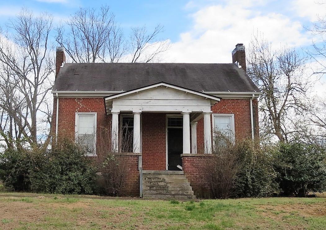 shelton house.jpg