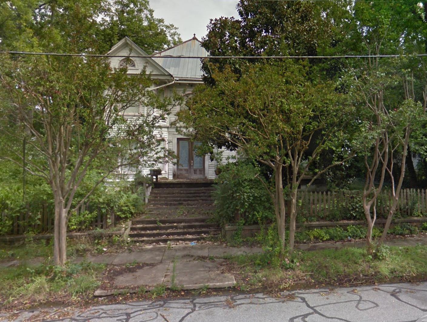 514 e. davis street burlington.png