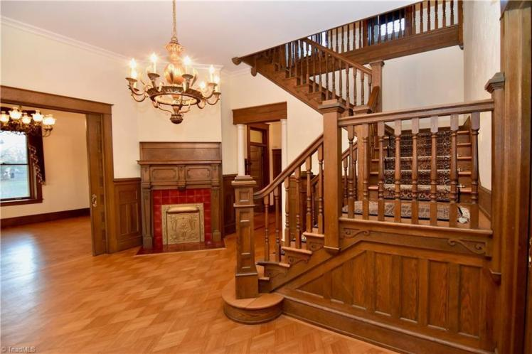 508 n. hunter street madison foyer.jpg