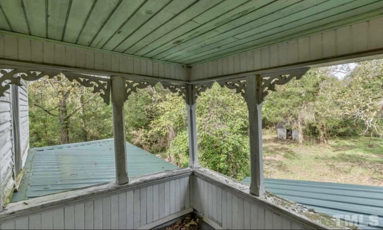 dunlap upstairs porch 1.jpg