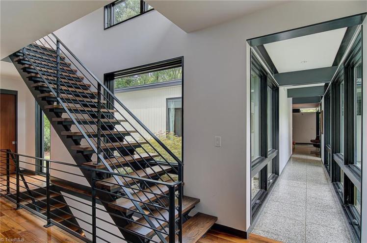 3905 henderson road stairs.jpg
