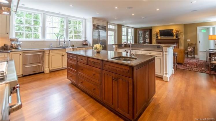 boxwood kitchen 1