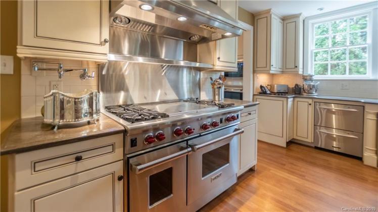 boxwood kitchen 3