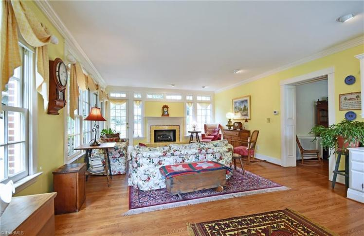 418 oaklawn avenue winston yellow